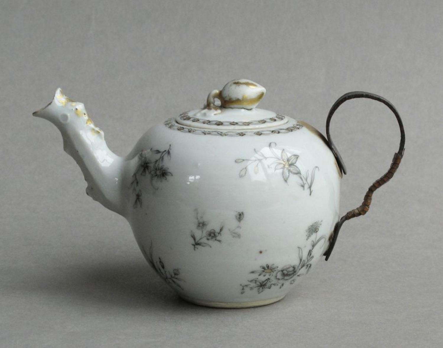 Chinese export grisaille teapot, Qianlong