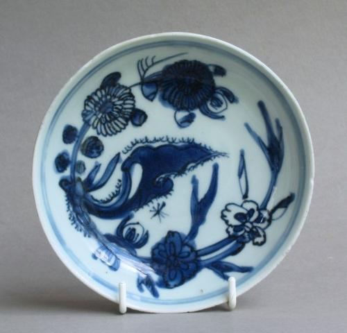 A small Chinese late Ming dish, Tianqi