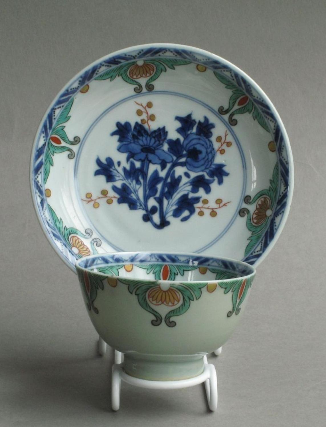 Good Dutch-decorated Kangxi teabowl & saucer