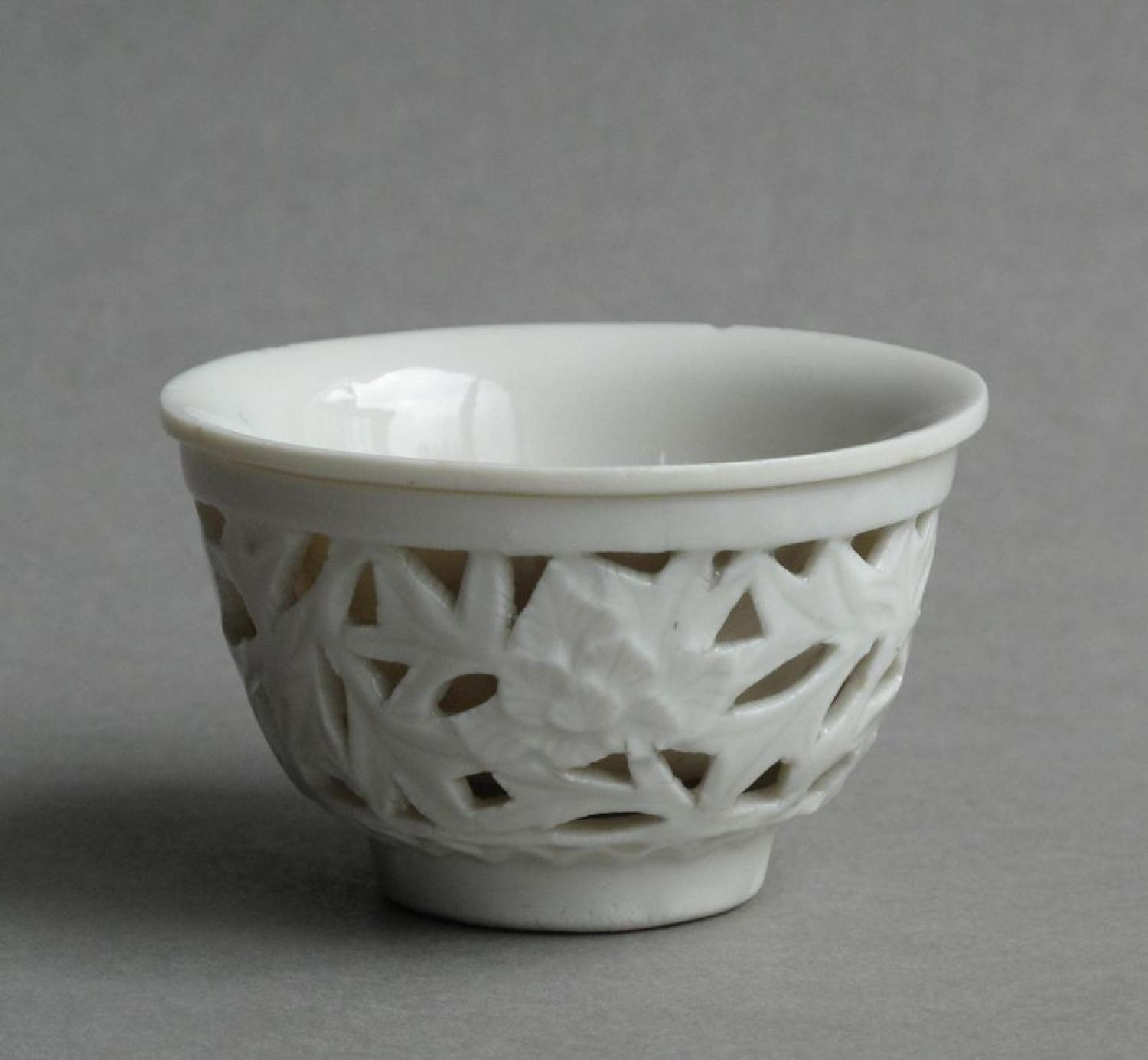 Chinese blanc de Chine reticulated cup