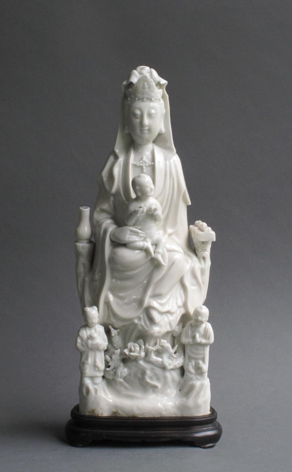 Blanc de Chine figure of Guanyin, Kangxi