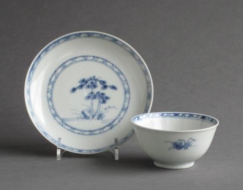 Nanking cargo teabowl & saucer, Qianlong