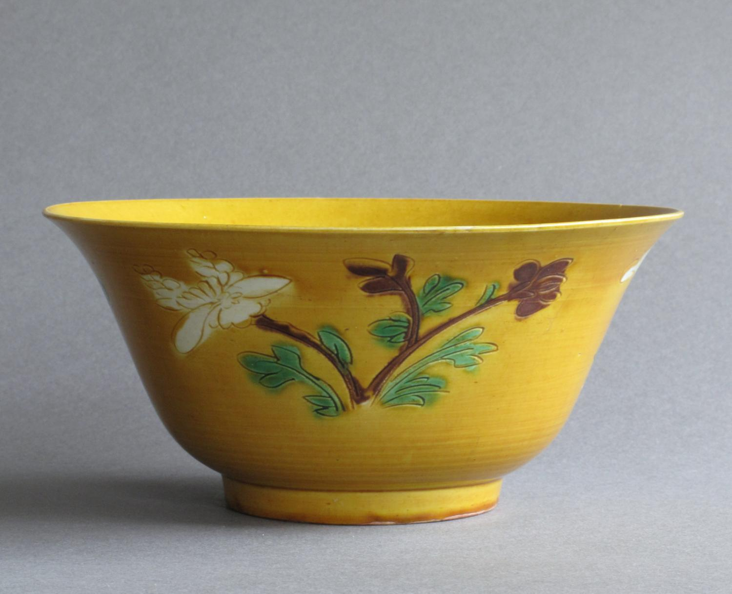A Chinese biscuit decorated bowl, Kangxi