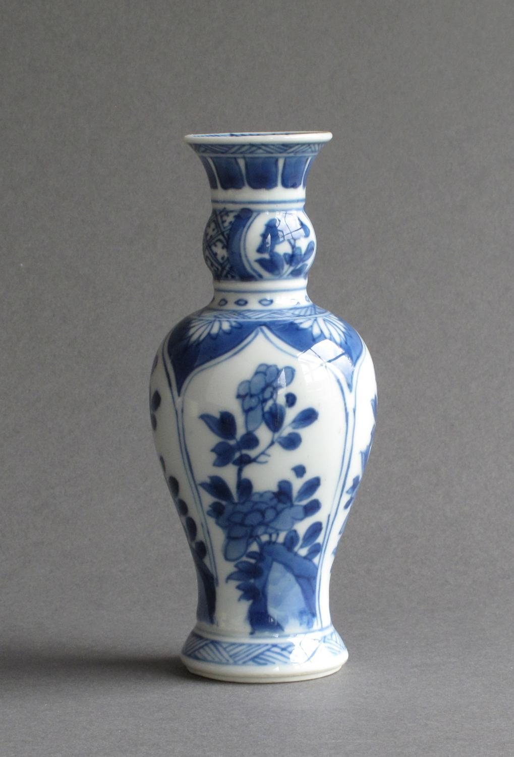 A Good Small Chinese Vase Kangxi In Chinese Blue And