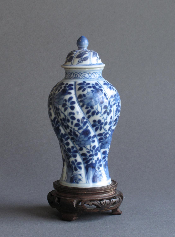 Chinese Vung Tau cargo vase, Kangxi