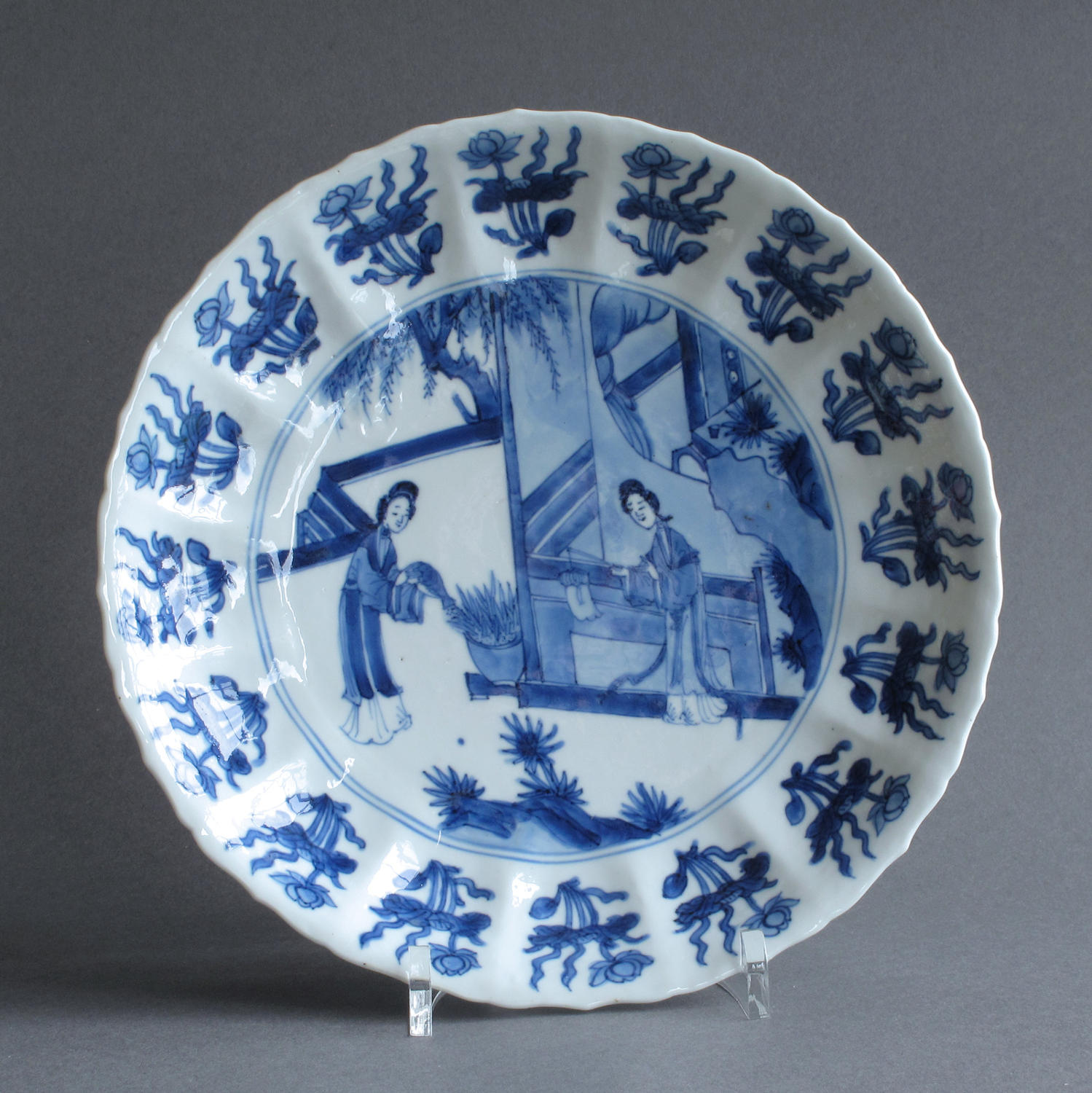 A good Kangxi 'Long Eliza' plate