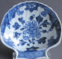A small Chinese export shell-shaped dish, Qianlong - picture 2