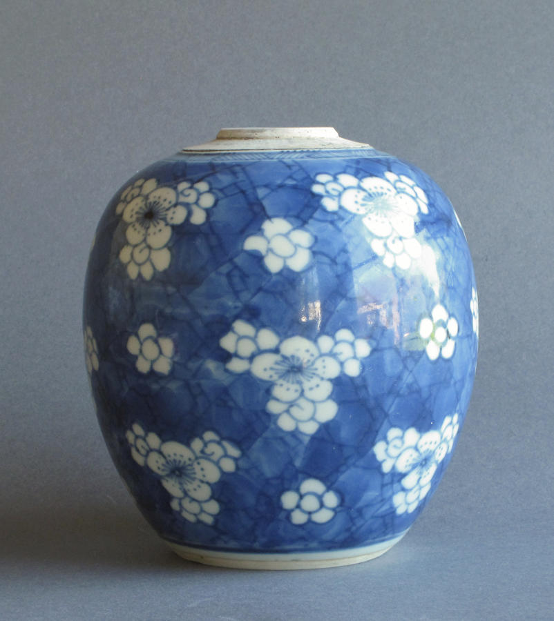Chinese prunus decorated ginger jar, Kangxi