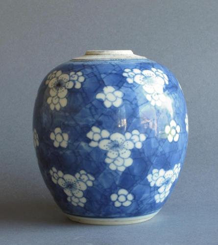 Chinese prunus decorated ginger jar, Kangxi