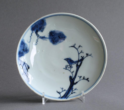 Chinese late Ming dish with bird and pine tree