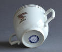 A Chinese armorial twin handled cup Qianlong - picture 3