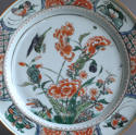 A Chinese famille verte plate with birds and peony, Kangxi - picture 2