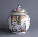 An unusual large Chinese export famille rose teapot - picture 4