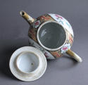 An unusual large Chinese export famille rose teapot - picture 5