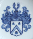 A rare pair of Chinese export Dutch armorial saucers c1735 - picture 4