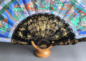 A Chinese export fan with black lacquered wooden sticks, late C19th - picture 6