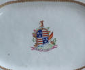 An attractive pair of Chinese export armorial platters, Jiaqing - picture 3