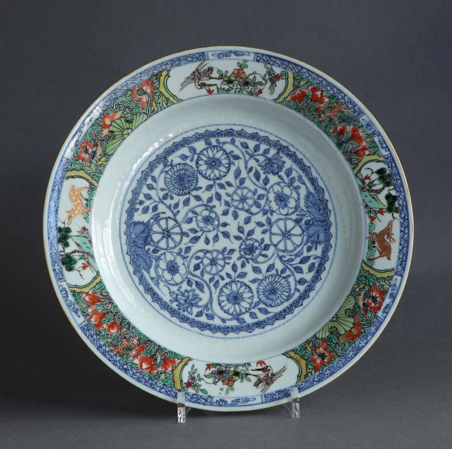 A good quality large Chinese famille verte plate, Kangxi