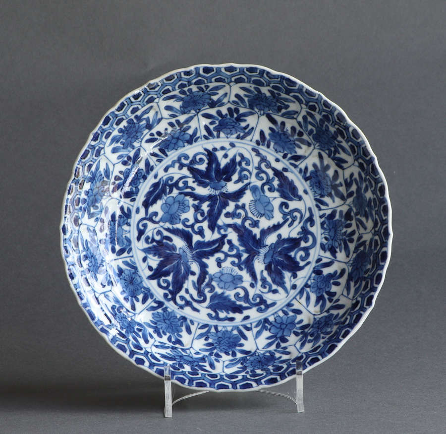 A good quality small Chinese underglaze blue saucer dish, Kangxi (A)