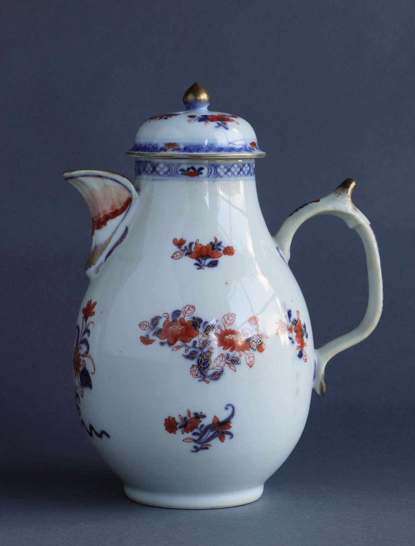 A Chinese export Imari jug & cover, Yongzheng or Qianlong