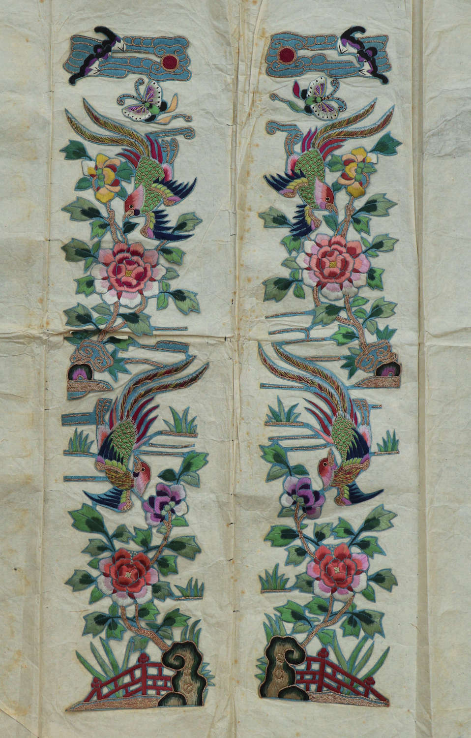 An early C20th set of 2 panels of Chinese silk appliqués with birds