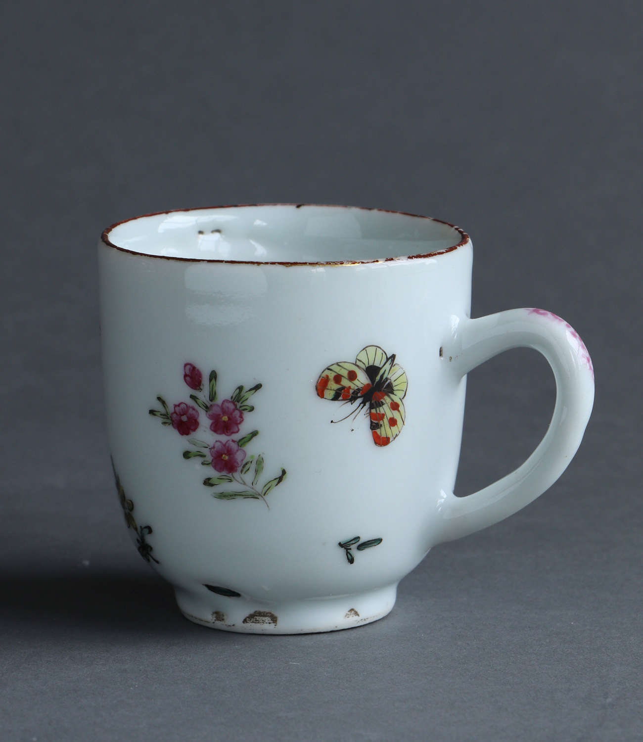 A London-decorated Chinese export coffee cup, Qianlong