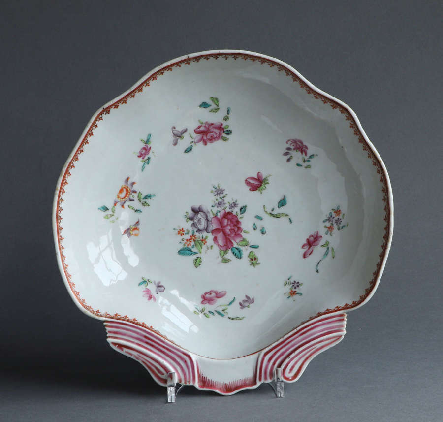 A rare famille rose shell form dish, Qianlong