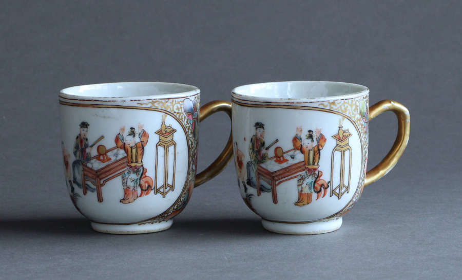 A pair of Chinese export famille rose coffee cups, Qianlong