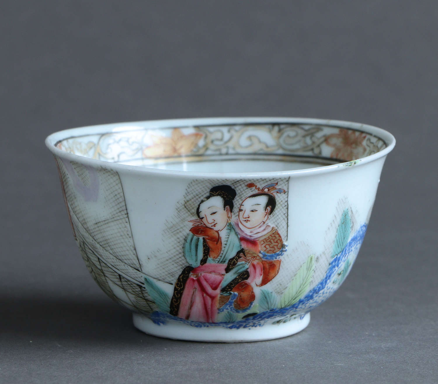 A Chinese famille rose teabowl with figure scene, Qianlong